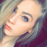 Heet tienertje van 22 uit Nieuwersluis (Utrecht) wil daten