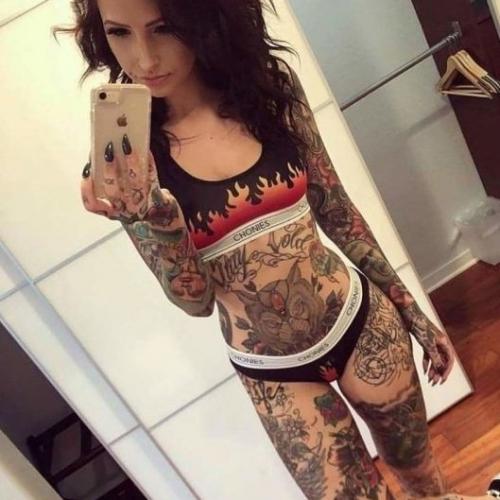 Tattoo89 (28) uit Overijssel