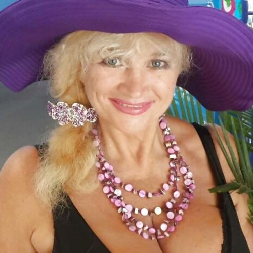 Gratis daten met 63-jarig omaatjes uit Limburg-be