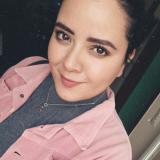 Vrijgezel tiener van 19 wil graag daten met een geile heer