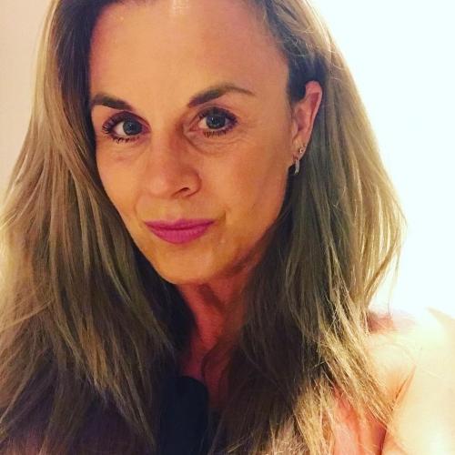 Blowjob van 53-jarig dametje uit Overijssel