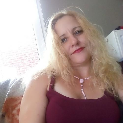 Gepijpt worden door 42-jarig moedertje uit Limburg-be