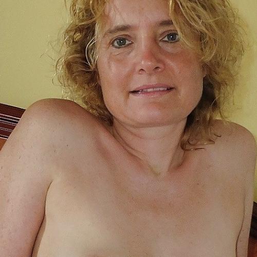 Gratis daten met 51-jarig dametje uit Antwerpen
