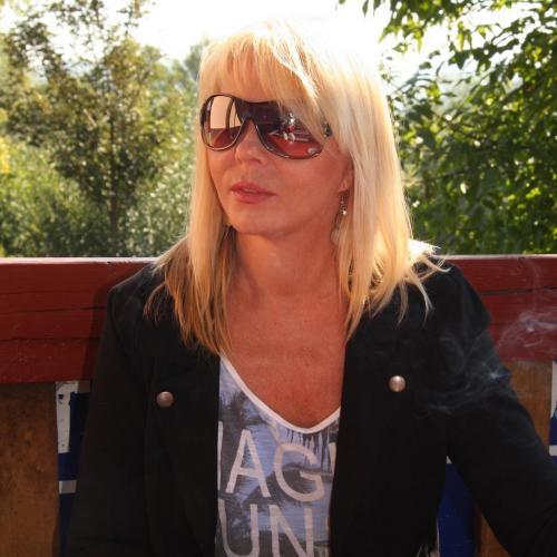 Blowjob van 45-jarig vrouwtje uit Flevoland
